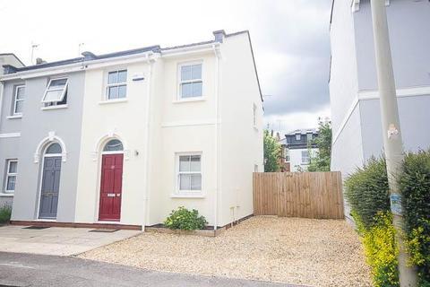 3 bedroom semi-detached house for sale - St Anne's Terrace, Fairview, Cheltenham, GL52 6AL