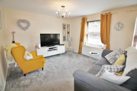 2 bedroom apartment to rent - Weavers Court, Exeter