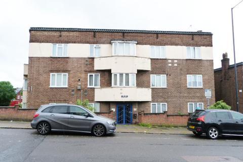 2 bedroom apartment for sale - Neasden Lane, Neasden