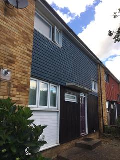 3 bedroom terraced house for sale - Wells Gardens, Basildon, Essex, SS14