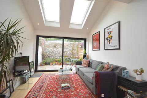 2 bedroom terraced house to rent - Albert Place, Westbury-On-Trym, BRISTOL, BS9