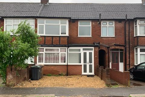 3 bedroom terraced house to rent - Luton LU3