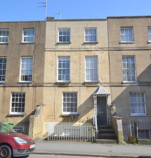 House share to rent - Clarence Street, Cheltenham