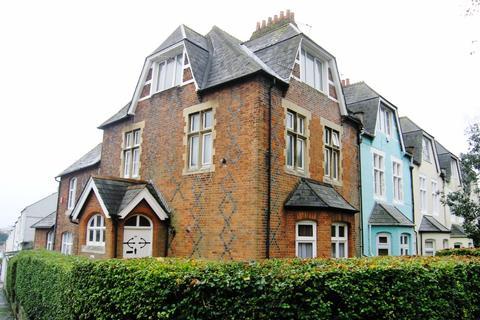 Studio to rent - Stuart Road, Stoke, Plymouth, PL1 5LH