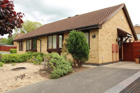 2 bedroom semi-detached bungalow to rent - Shamfields Road, Spilsby, PE23 5NN