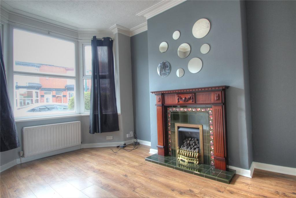 4 Bedrooms Terraced House for sale in Lumley Road, Redcar