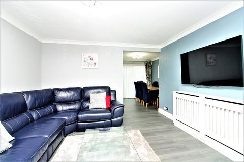 3 bedroom terraced house for sale - Jasmine Close, Redhill, Surrey. RH1 5LH