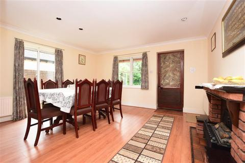 4 bedroom detached house for sale - Brighton Road, Salfords, Redhill, Surrey