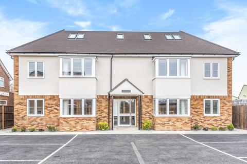 2 bedroom flat for sale - Image Court, Lynegrove Avenue, Ashford, TW15