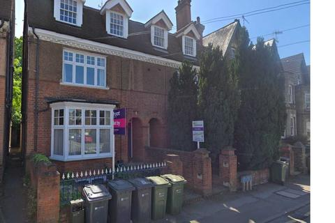 2 bedroom apartment to rent - York Road, Guildford