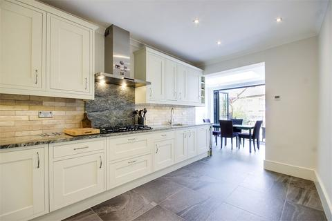 4 bedroom terraced house for sale - Victoria Road, Alexandra Park, London