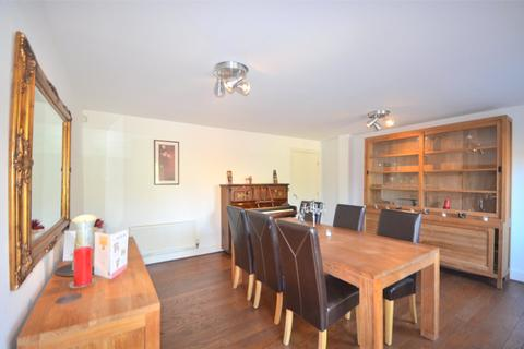 4 bedroom terraced house to rent - The Staiths