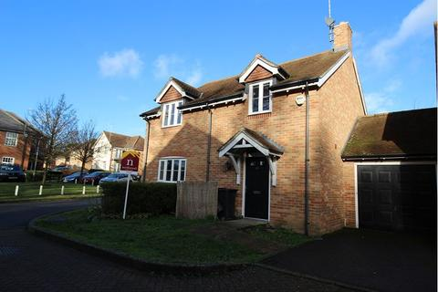 4 bedroom link detached house to rent - Copperfields, High Wycombe, Bucks, , HP12 4AN