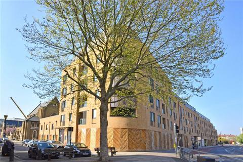 2 bedroom flat for sale - Howarth House, 125 Pelton Road, Greenwich, London, SE10