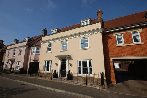 5 bedroom link detached house for sale - Arlington Square, South Woodham Ferrers, Essex, CM3