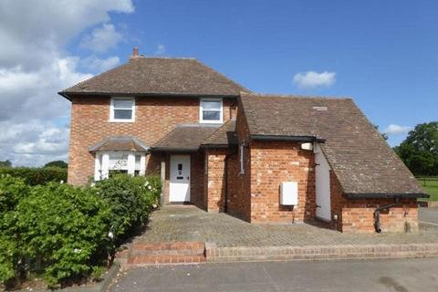 3 bedroom detached house to rent - Egerton
