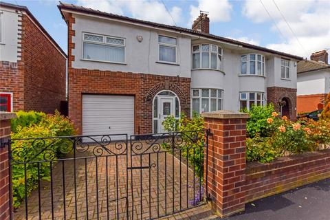 4 bedroom semi-detached house for sale - Sandilands Road, Brooklands, M23