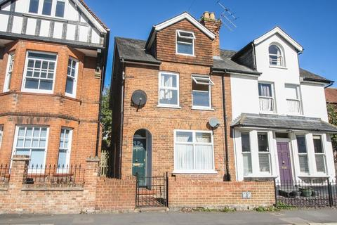 2 bedroom apartment to rent - MARLOW- Town Centre Location