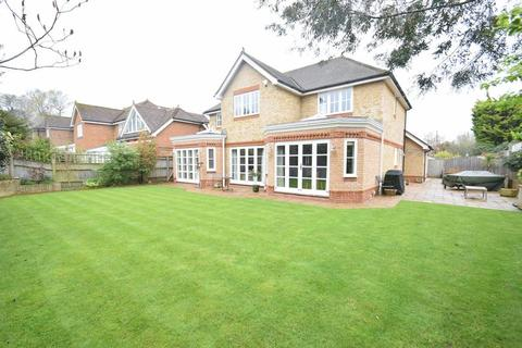 4 bedroom detached house to rent - Nash Place, Penn