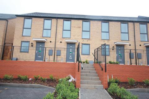 2 bedroom terraced house to rent - St Lukes Road, Birmingham, B5