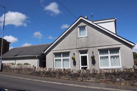4 bedroom detached bungalow for sale - Killan Road, Dunvant