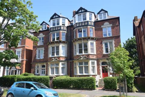 3 bedroom flat for sale - Earls Avenue, Folkestone