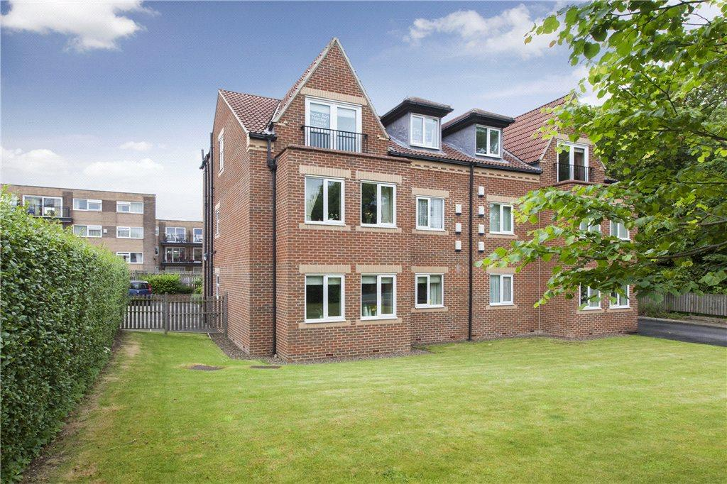 2 Bedrooms Apartment Flat for sale in Park Way Lodge, 424 Street Lane, Leeds, West Yorkshire