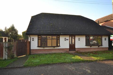 5 bedroom detached house to rent - Marina Road, Hatfield Peverel
