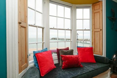 2 bedroom flat for sale - Beach Street, Deal