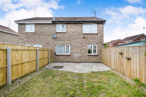 Terraced house for sale - Greenhow Close, Off Howdale Road, Hull, Eart Yorkshire, HU8