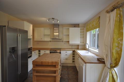 4 bedroom semi-detached house to rent - Hillside Way, Godalming