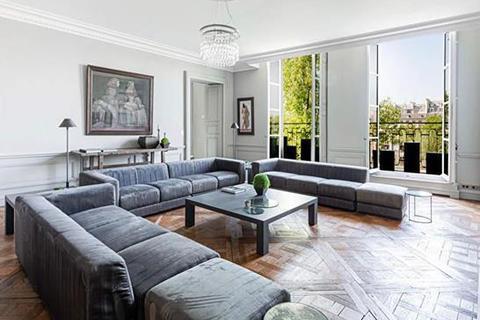 3 bedroom apartment - Paris 04, Paris, Ile-De-France