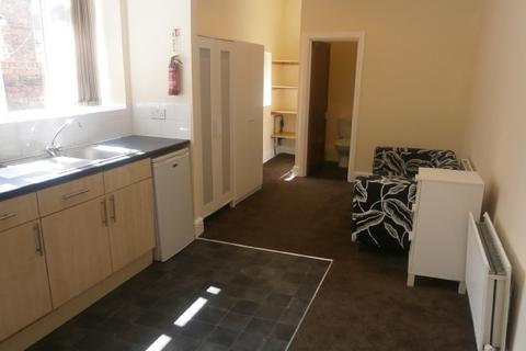 Property to rent - Azelea Terrace North, Ashbrook, Sunderland SR2