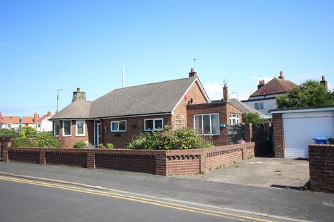 3 bedroom detached bungalow for sale - Stanley Avenue, Cleveleys