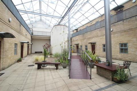 1 bedroom apartment to rent - TRAMWAYS, 135 GUISELEY ROAD, GUISELEY, LEEDS, LS20 8LY