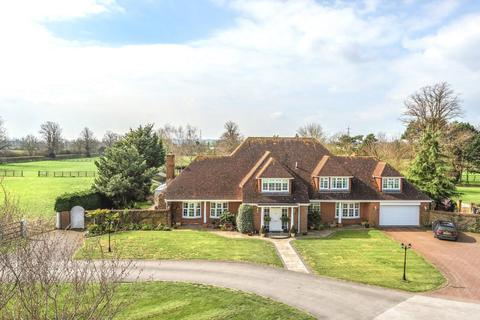 4 bedroom detached house to rent - Manor Park Stud Farm, Park Road, Westoning, Bedfordshire, MK45
