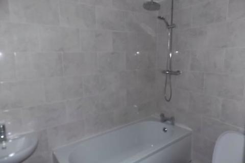 2 bedroom duplex to rent - Barlow Moor Road , Chorlton, Manchester M21