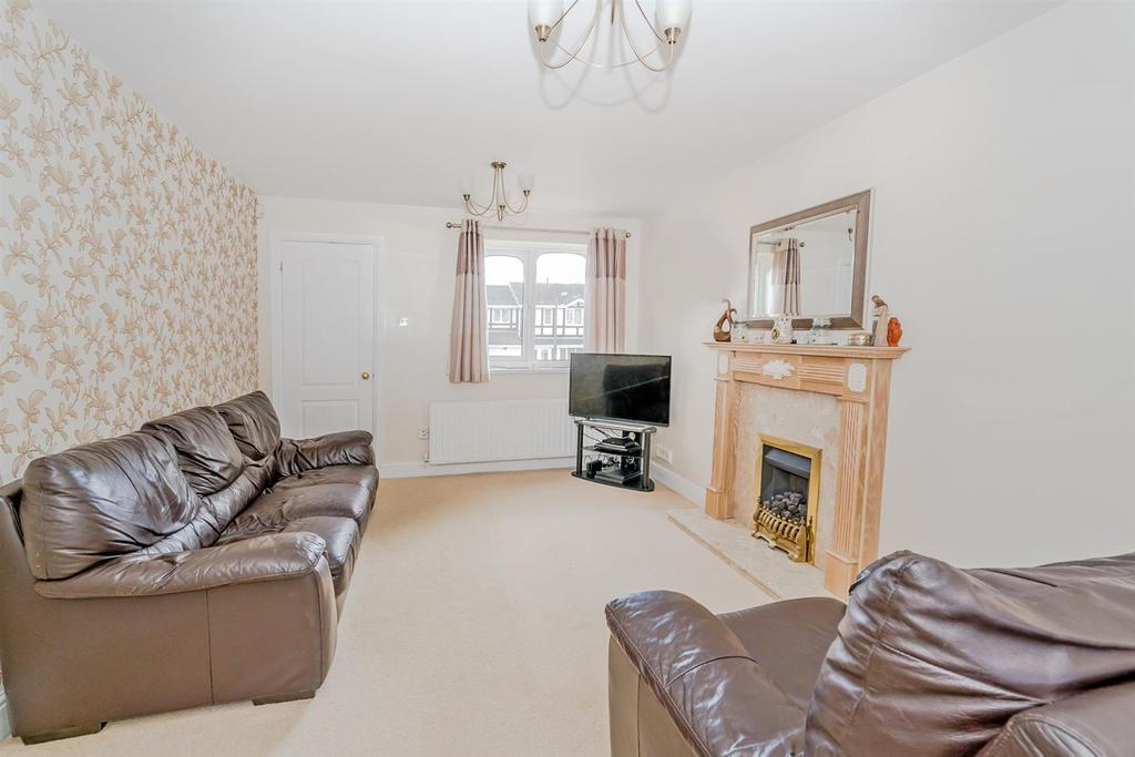 Rydal Close, Hednesford, Cannock, WS12 4 RP 5.jpg