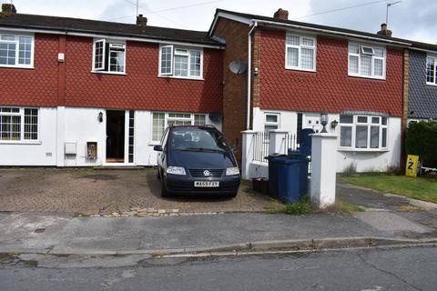 3 bedroom terraced house to rent - Harries Way, Holmer Green, High Wycombe
