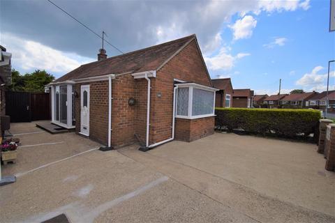1 bedroom bungalow for sale - Bempton Oval, Bridlington, YO16 7HN