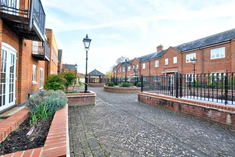 2 bedroom apartment to rent - Portland Mews, Marlow