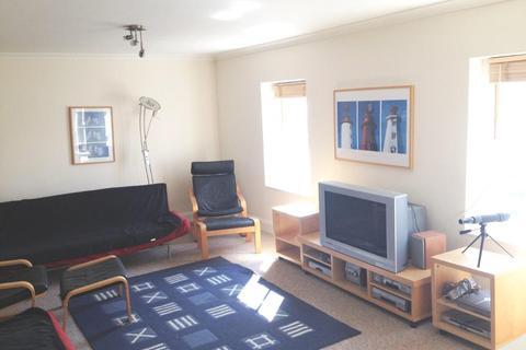 2 bedroom flat to rent - Victoria Parade, Torquay TQ1