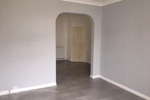 3 bedroom terraced house to rent - Salt hill way , Slough  SL1