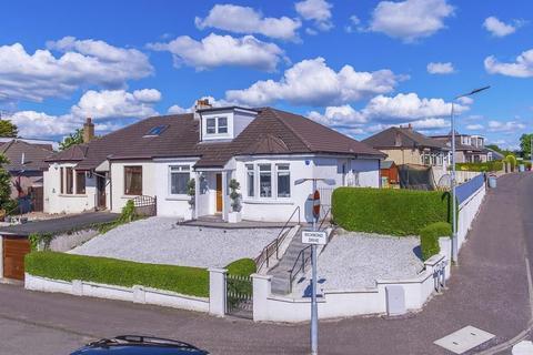 3 bedroom semi-detached bungalow for sale - 17 Richmond Drive, Rutherglen, G73 3JH