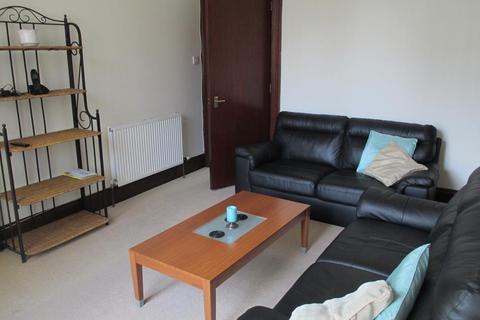 1 bedroom flat to rent - Roslin Street, First Left, AB24