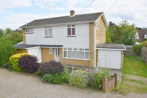 3 bedroom detached house for sale - The Street, Cressing