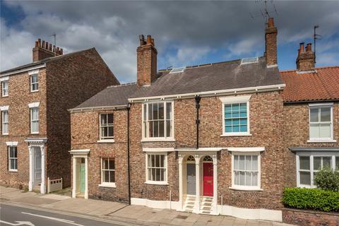 3 bedroom terraced house for sale - Monkgate, York, YO31