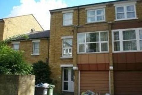 8 bedroom semi-detached house to rent - Tressillian Crescent, New Cross