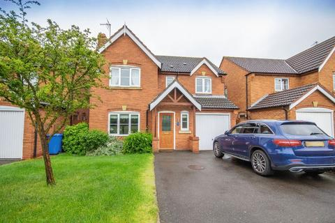 4 bedroom detached house for sale - CHATSWORTH DRIVE, MICKLEOVER