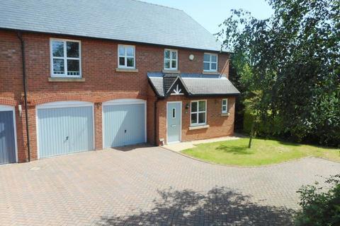 4 bedroom semi-detached house to rent - Waybutt Lane, Chorlton